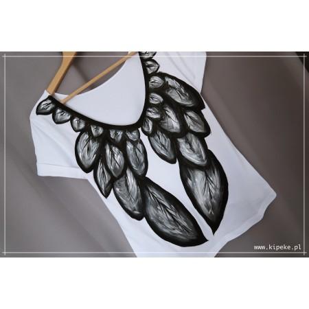 skrzydła S/M rysunek na plecach przód gładki koszulka asymetryczna + dekolt plecy